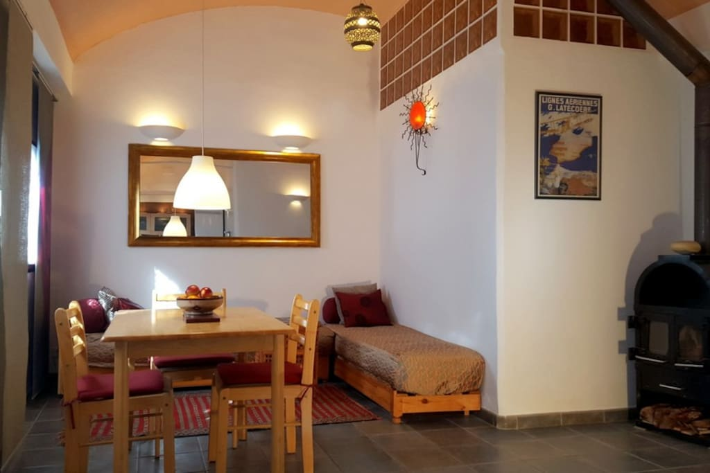 Tarifa Casa Braille 40 > living room with wood stove