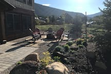 great outdoor spaces for family and group enjoyments