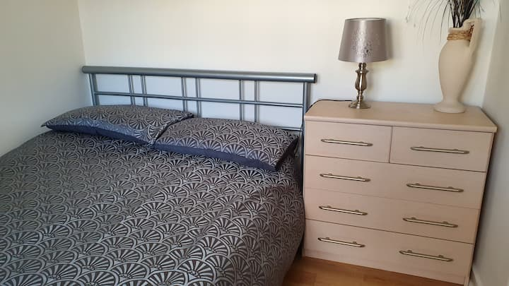 Private double room - St Budeaux, Plymouth
