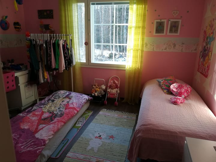 Pink Room B & B - Minna's Guesthouse