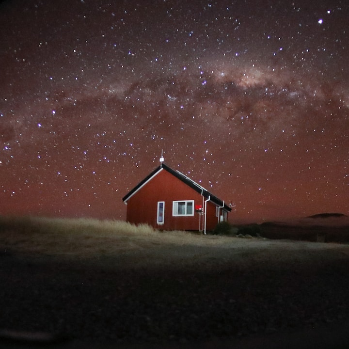 Highlands Farmstay Cottage - Stars near Twizel!!!