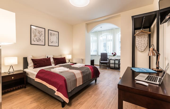 Apartment for two near Wilson Square