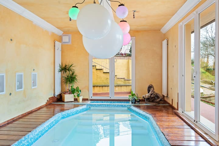 Pleasant Holiday Home in Magione with Swimming Pool