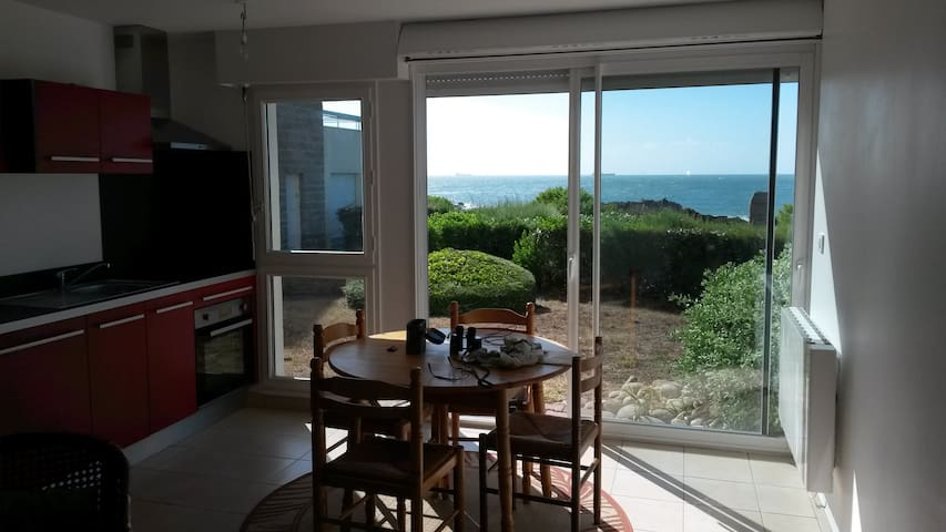 T2 37 M2 VUE MER IMPRENABLE - Ploemeur - Apartment