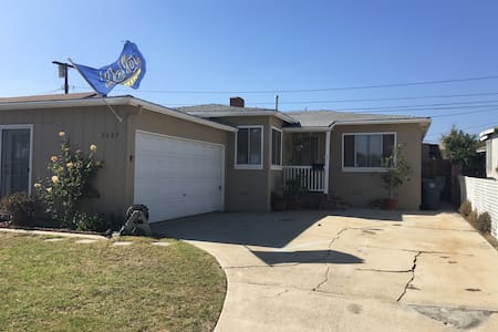 3 bdrm WHOLE HOME near beaches, LAX - 獨棟