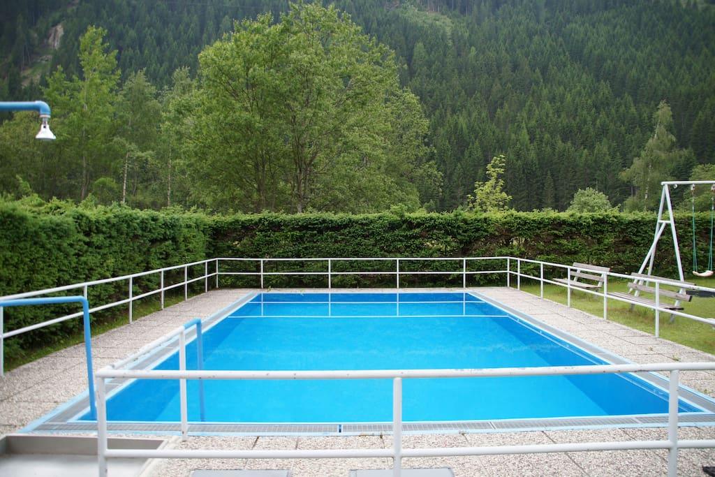 Freischwimmbad