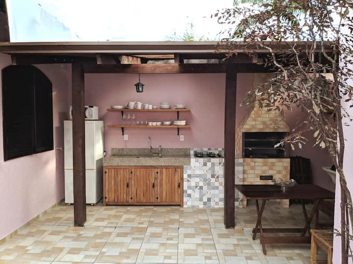 Casa de conceito aberto · Ubatuba Centro.