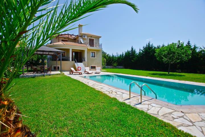 Villa Chloe, Sarlata, Kefalonia, Greece - Svoronata - Villa