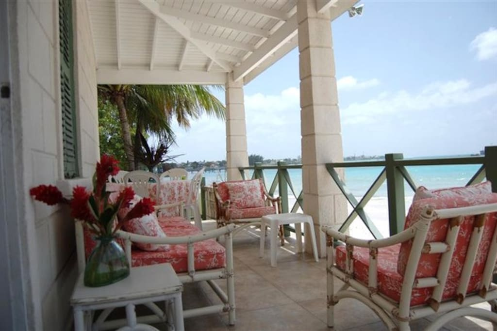 Verandah overlooking the beach. Perfect for BBQ's, sundowners and turtle watching