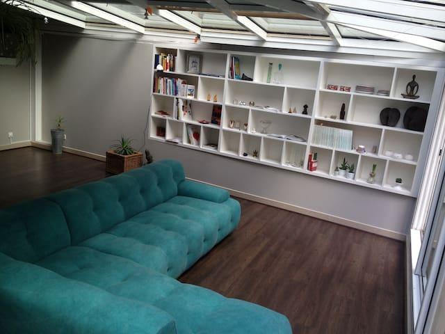 5 rooms with terrace in Montmartre - Paris - Apartment