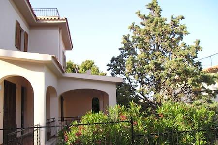 casa vacanza  a 600mt dal mare  - Cala Gonone