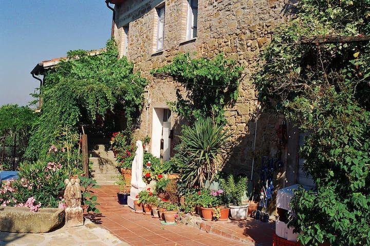 """Family apartment """"Il Peperino"""" - Castel Rigone - Appartement"""