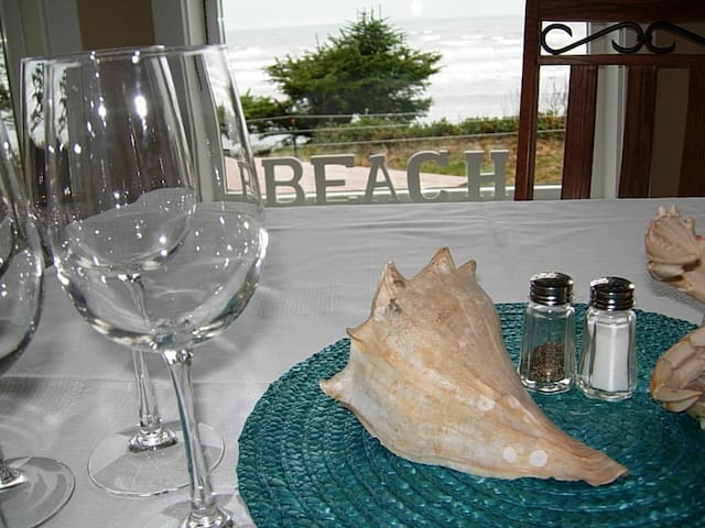 Fine dining at its best with views of the pacific ocean.