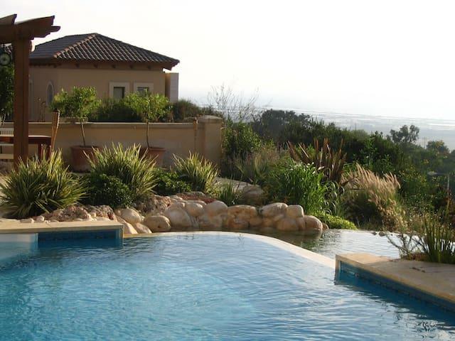 Charming Sea View Villa - Zikhron Ya'akov - Villa
