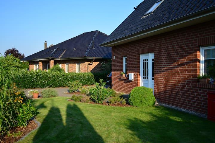 Mitten in der Lüneburger  Heide... - Ebstorf - Huis