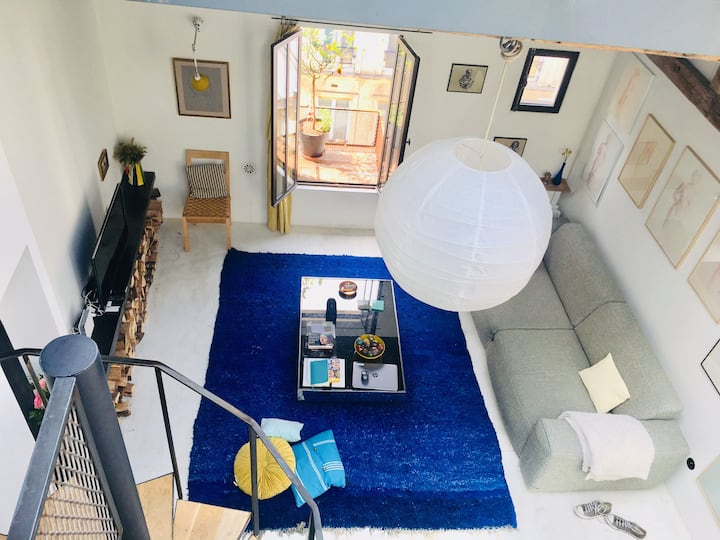 Charming Loft Apartment by Canal Saint Martin
