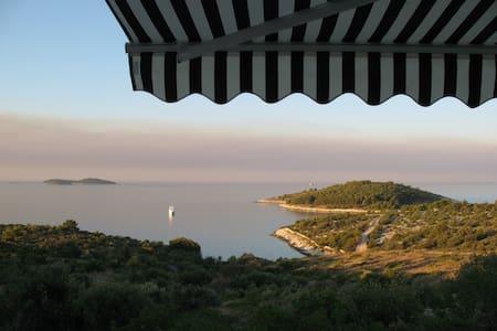 Magnificent view- Studio Saric - Zečevo Rogozničko - Apartamento