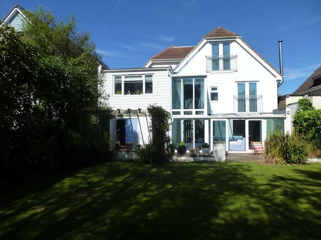 Avon beach Mudeford Holiday home, Christchurch.