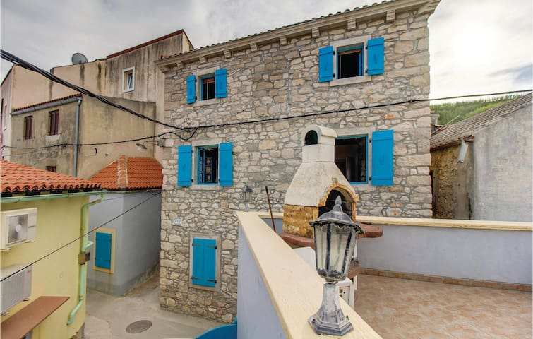 Holiday apartment with 1 bedroom on 40m² in Susak