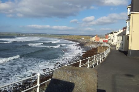Holiday Home Lahinch, Ireland - Lahinch - House