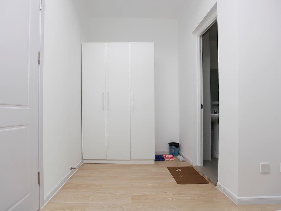 双开门衣柜