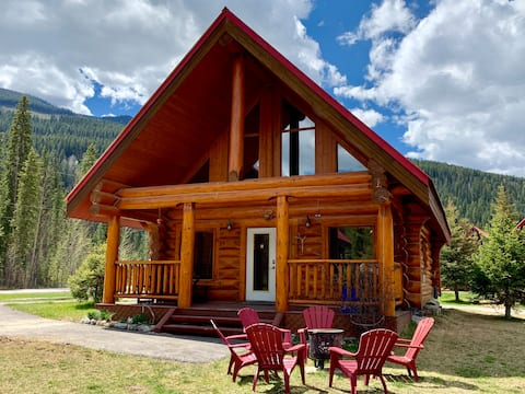 Yoho Bothy, a log cabin retreat in the Rockies