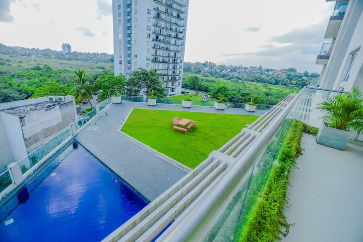 SkyGardens, Luxury 3 Bedroom Apartment Colombo
