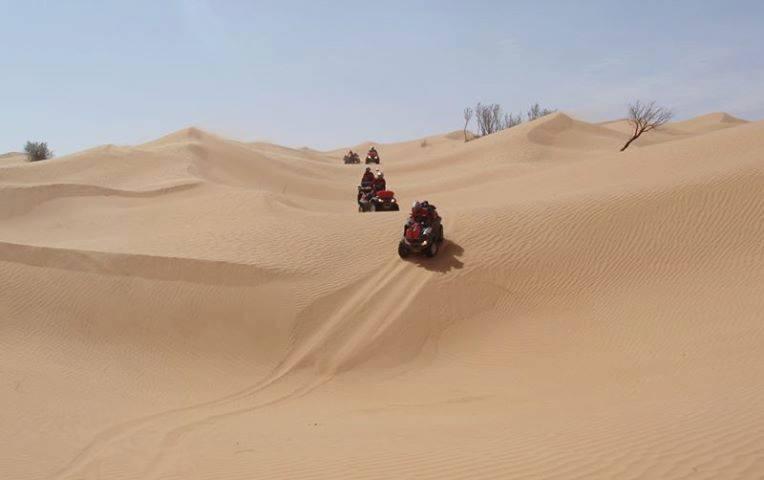 viaggi nel deserto, campo mobile