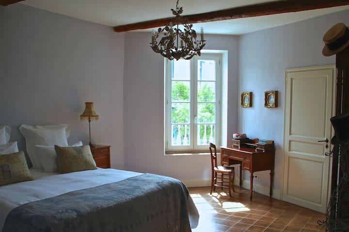Sainte-Helene Luxury B & B - Olonzac - Bed & Breakfast