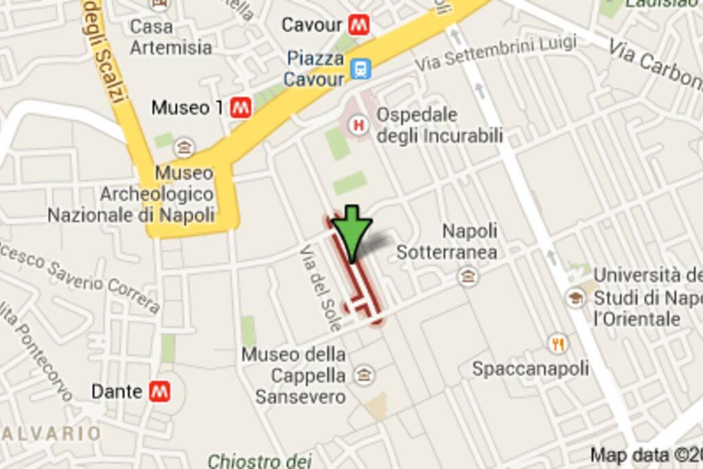 ecco dove ci troviamo: proprio nel centro del centro storico!