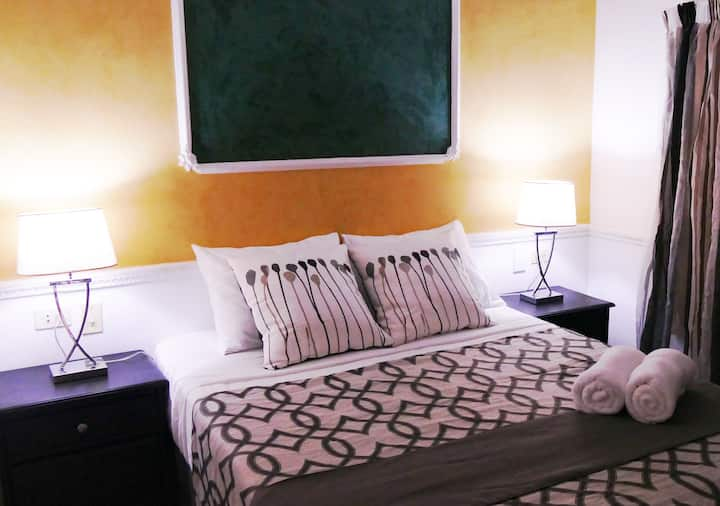 Bed + Breakfast at the best price and attention