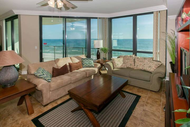 Gulf-front 5th floor | In/Out/Kiddie pools, Hot tub, Tennis, Fitness, BBQ, Wifi | Free Activities