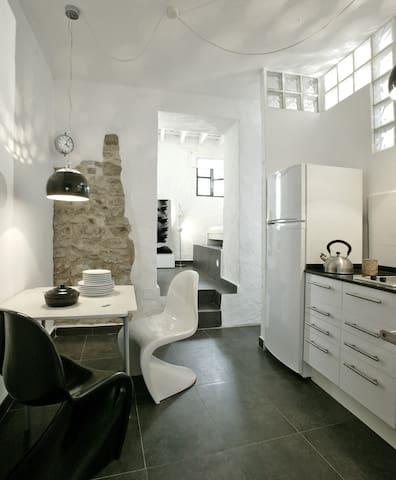 suite con jardin casco antiguo - Tarifa - ที่พักพร้อมอาหารเช้า
