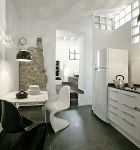 suite con jardin casco antiguo - Tarifa