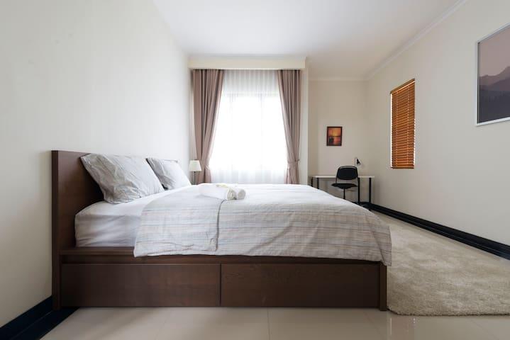 Main bed room ground floor