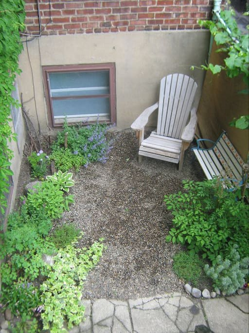 Our sweet garden for sporadic use.