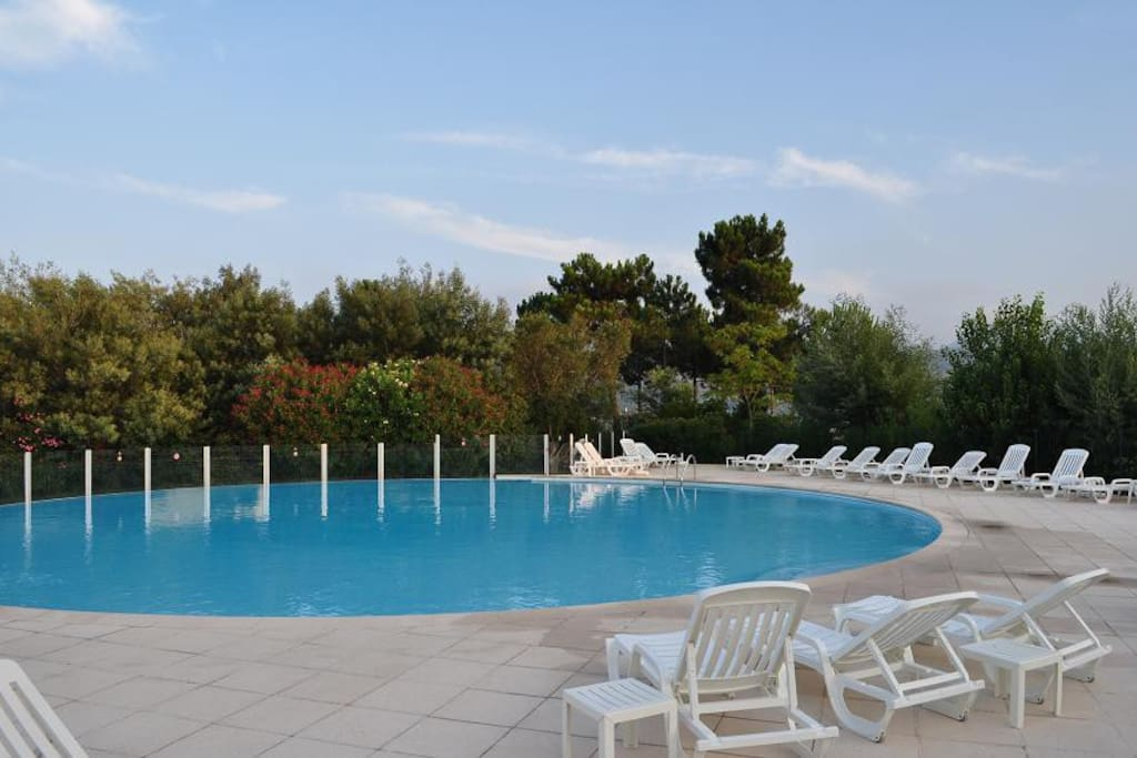 Tranquillo bilocale golf e mare appartamenti in affitto for Appartamenti in affitto a barcellona per lunghi periodi