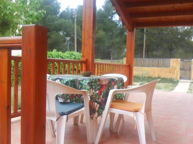Alojamiento en casa de madera. - Mont-roig del Camp