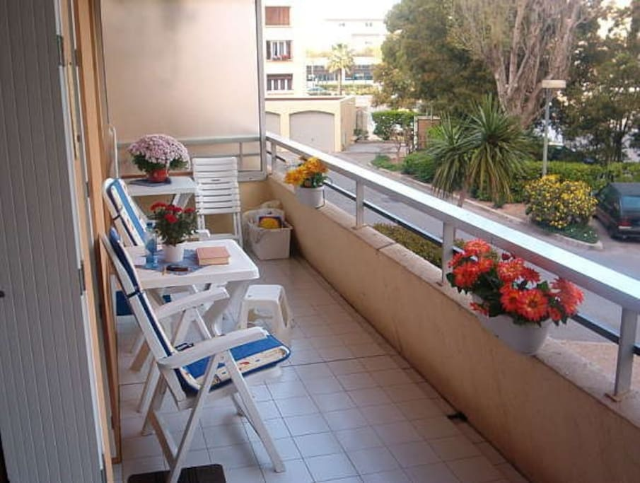 15 square meters terrace, ideally located east