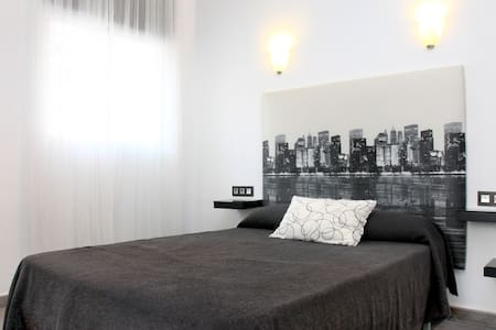 APARTAMENTO TIPO LOFT CON PARKING - Wohnung