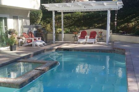 Sunset Hills Million Dollar Home - Thousand Oaks