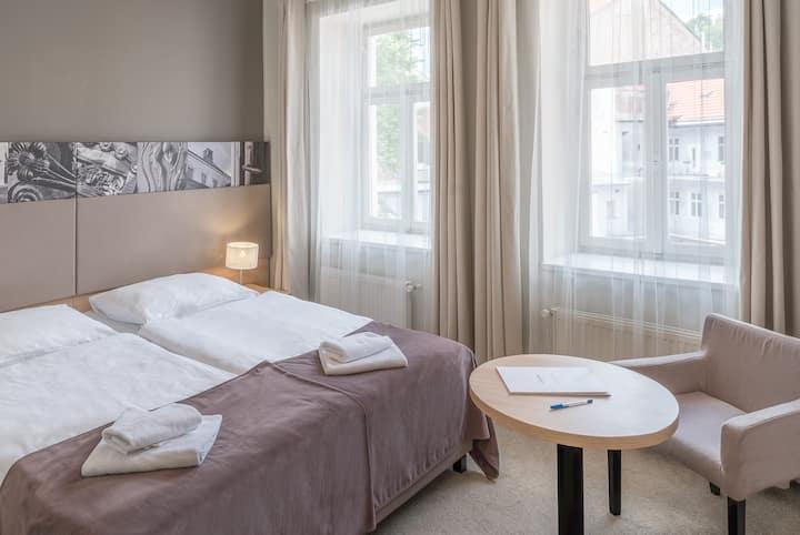 Three Crowns Hotel, Single Room Comfort