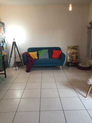 Chambre sympa dans appart sympa !
