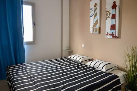 Cozy private room & breakfast incl. - Corralejo