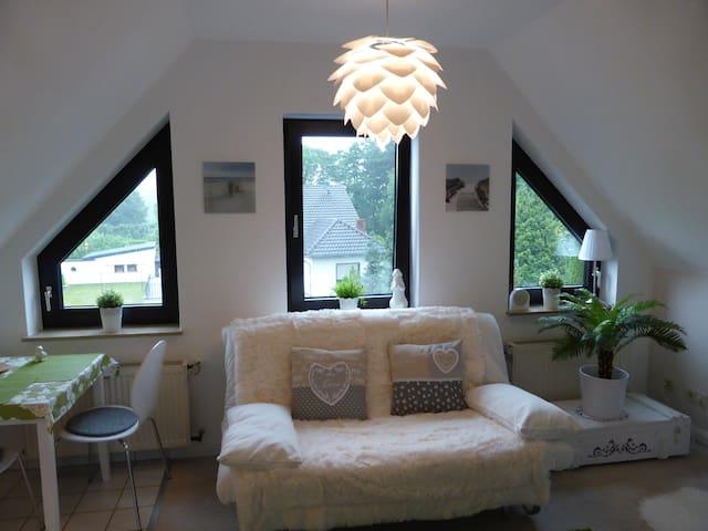 Schickes Studio, nahe Ahrweiler & Rotweinwanderweg - Grafschaft - Departamento