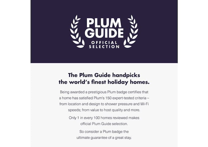 "The apartment is part of ""The Plum Guide"" Official Selection: only 1 in every 100 homes reviewed is awarded a Plum Star"