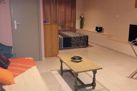 location studio - Furiani - Rumah