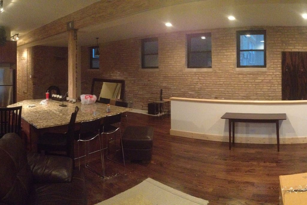 Updated 3 Bedroom Lakeview Loft Condo Apartments For Rent In Chicago Illin