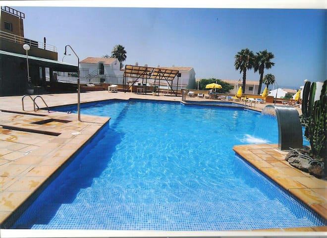 Bungalow 2 plantas con piscina - Maspalomas - Appartement