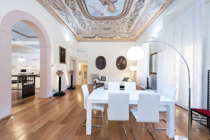 Terme Flat - Elegance in the center - Florence - Apartment